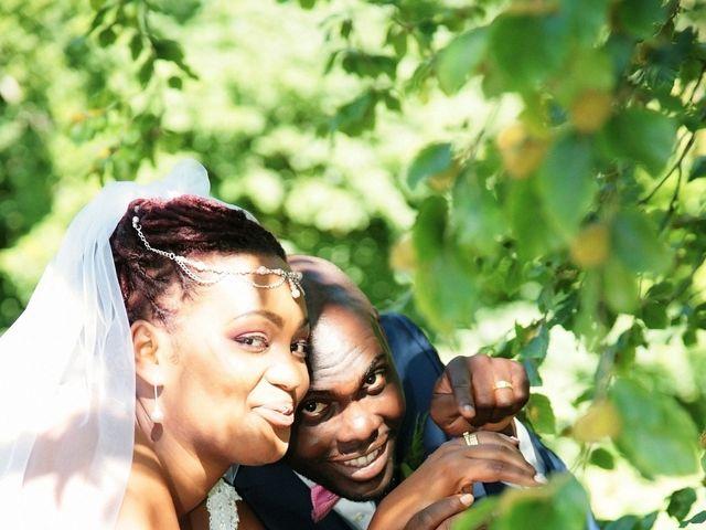 Le mariage de Jacques et Francesca à  Val-de-Saâne, Seine-Maritime 33