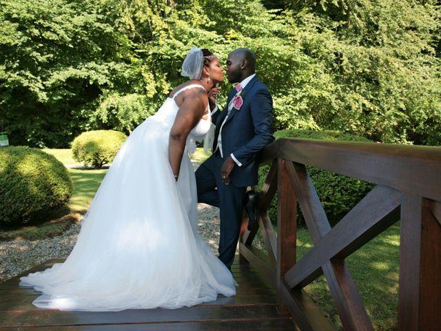 Le mariage de Jacques et Francesca à  Val-de-Saâne, Seine-Maritime 35