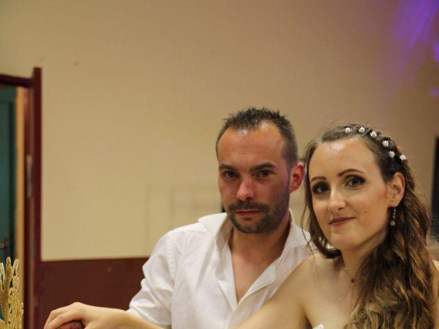 Le mariage de Sébastien et Emilie  à Arcins, Gironde 34