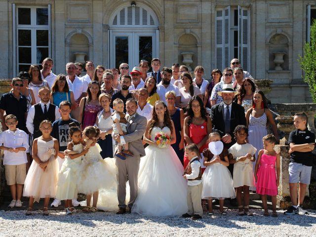 Le mariage de Sébastien et Emilie  à Arcins, Gironde 49
