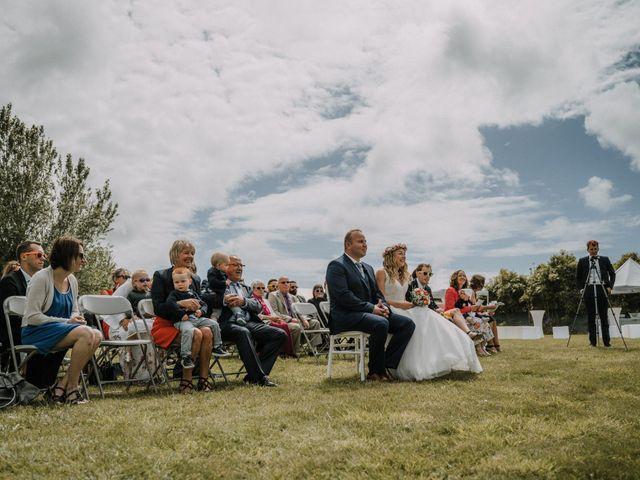 Le mariage de Morgan et Géraldine à Landivisiau, Finistère 55