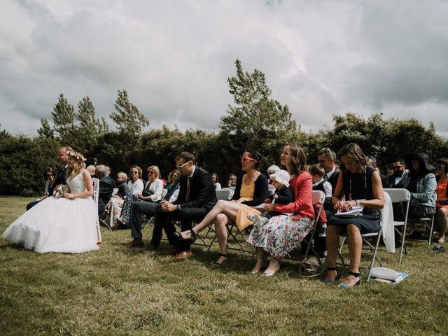 Le mariage de Morgan et Géraldine à Landivisiau, Finistère 59