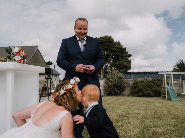 Le mariage de Morgan et Géraldine à Landivisiau, Finistère 96