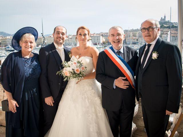 Le mariage de Julien et Véronique à Marseille, Bouches-du-Rhône 5