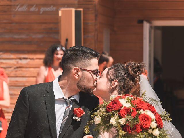 Le mariage de Thomas et Lola à Saint-Donat-sur-l'Herbasse, Drôme 10
