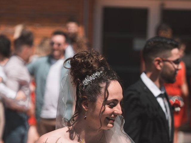 Le mariage de Thomas et Lola à Saint-Donat-sur-l'Herbasse, Drôme 12