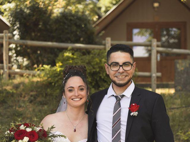 Le mariage de Thomas et Lola à Saint-Donat-sur-l'Herbasse, Drôme 17