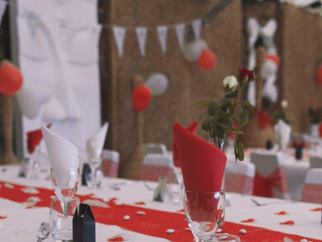 Le mariage de Thomas et Lola à Saint-Donat-sur-l'Herbasse, Drôme 19