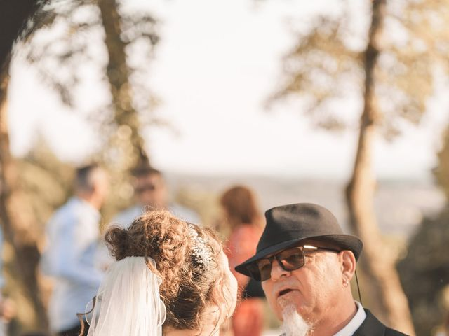 Le mariage de Thomas et Lola à Saint-Donat-sur-l'Herbasse, Drôme 31