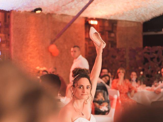 Le mariage de Thomas et Lola à Saint-Donat-sur-l'Herbasse, Drôme 36