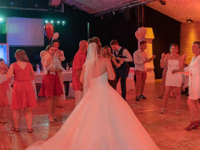 Le mariage de Thomas et Lola à Saint-Donat-sur-l'Herbasse, Drôme 48