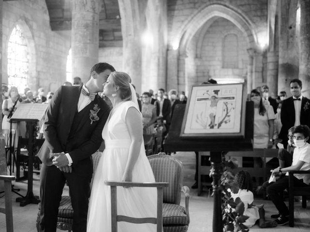 Le mariage de Stanislas et Marjolaine à Pierrefonds, Oise 30