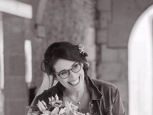 Le mariage de Benjamin et Nikita à Mosnac, Charente 35