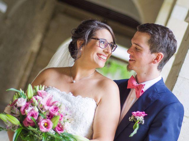 Le mariage de Benjamin et Nikita à Mosnac, Charente 37