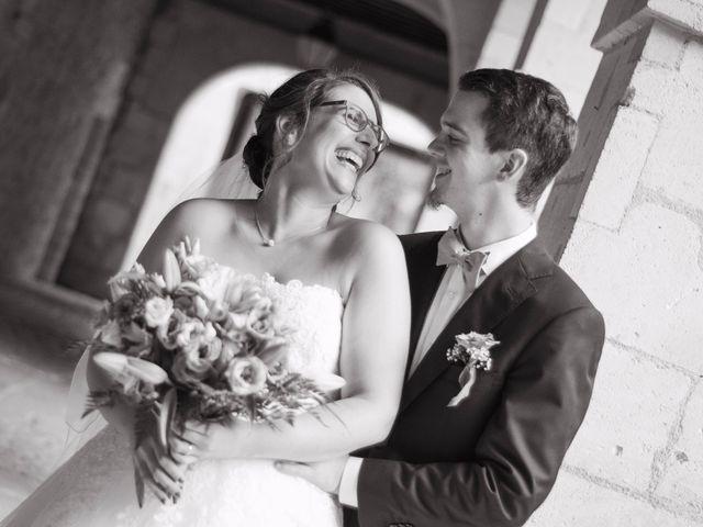 Le mariage de Benjamin et Nikita à Mosnac, Charente 38