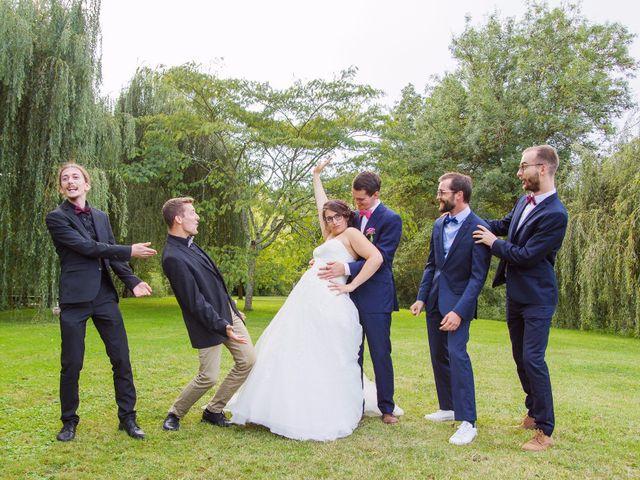 Le mariage de Benjamin et Nikita à Mosnac, Charente 53