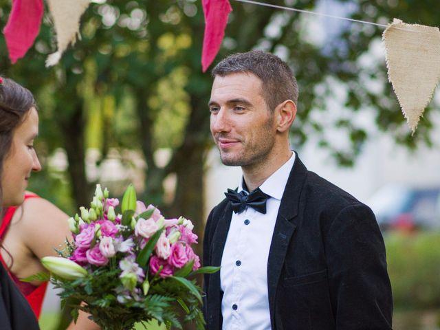 Le mariage de Benjamin et Nikita à Mosnac, Charente 96