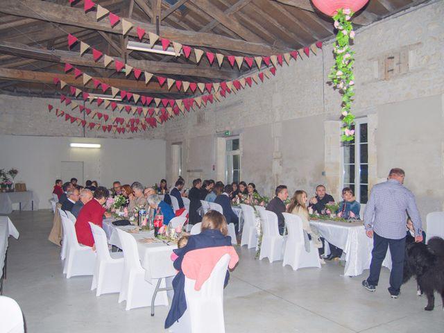 Le mariage de Benjamin et Nikita à Mosnac, Charente 105