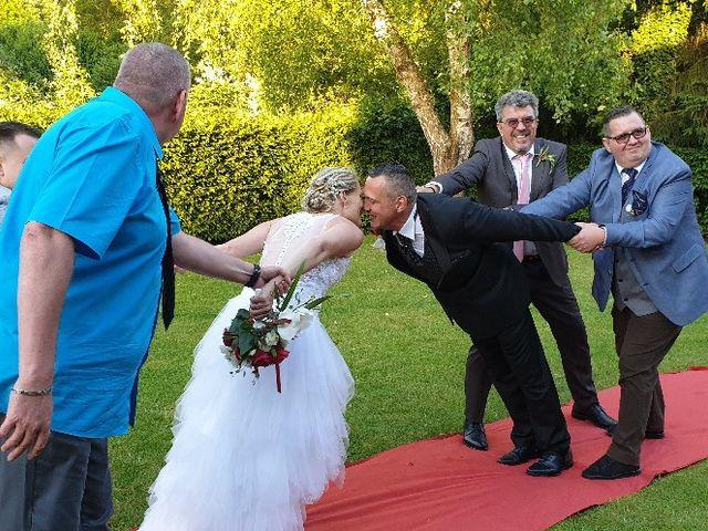 Le mariage de Christophe et Laurence à Divion, Pas-de-Calais 17