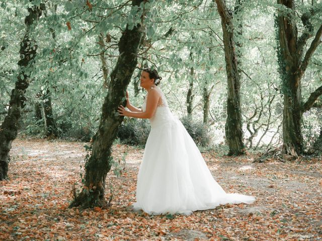 Le mariage de Julien et Anaïs à La Gaubretière, Vendée 22