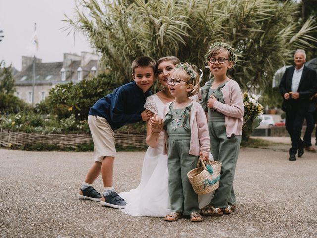 Le mariage de Mathieu et Anne-Charlotte à Saint-Pol-de-Léon, Finistère 48