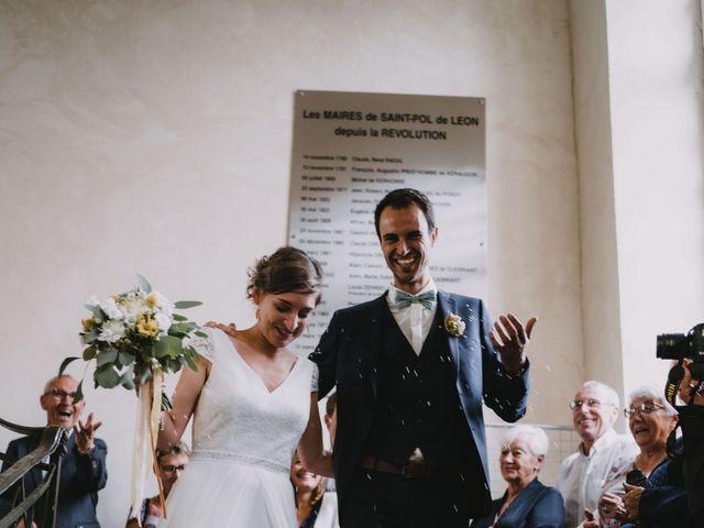 Le mariage de Mathieu et Anne-Charlotte à Saint-Pol-de-Léon, Finistère 100