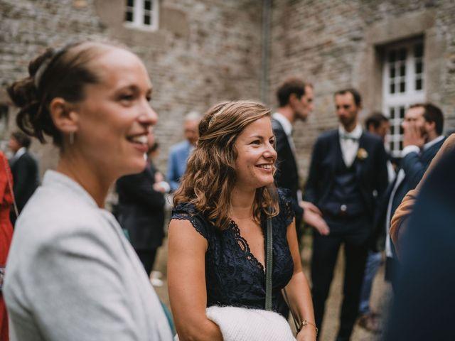 Le mariage de Mathieu et Anne-Charlotte à Saint-Pol-de-Léon, Finistère 161