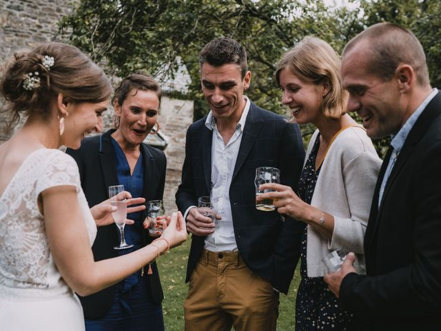 Le mariage de Mathieu et Anne-Charlotte à Saint-Pol-de-Léon, Finistère 182