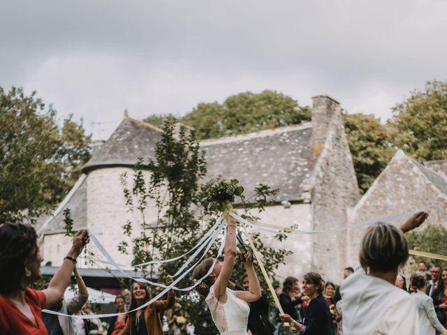 Le mariage de Mathieu et Anne-Charlotte à Saint-Pol-de-Léon, Finistère 202