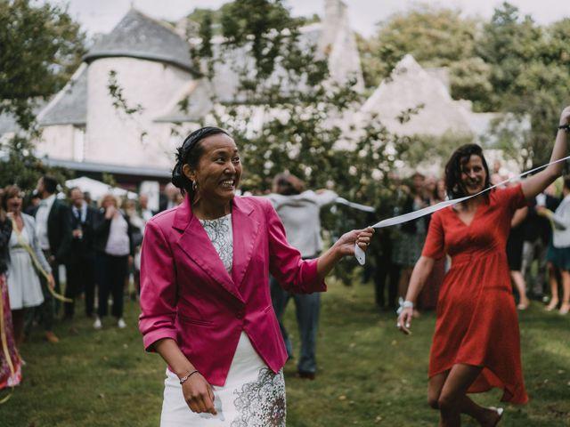 Le mariage de Mathieu et Anne-Charlotte à Saint-Pol-de-Léon, Finistère 206