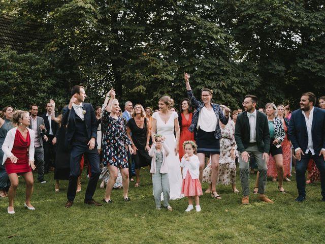 Le mariage de Mathieu et Anne-Charlotte à Saint-Pol-de-Léon, Finistère 227