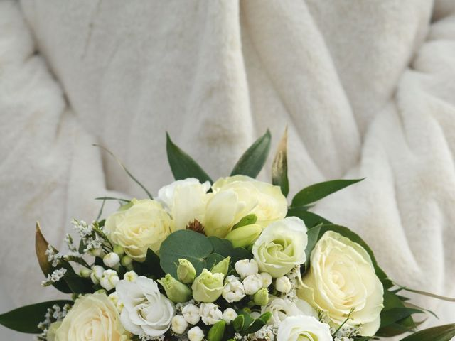 Le mariage de Farouk et Pauline à Chablis, Yonne 44
