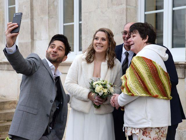Le mariage de Farouk et Pauline à Chablis, Yonne 104