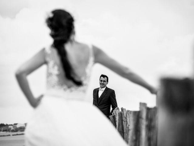Le mariage de Victor et Ivana à Saint-Jean-de-Liversay, Charente Maritime 2