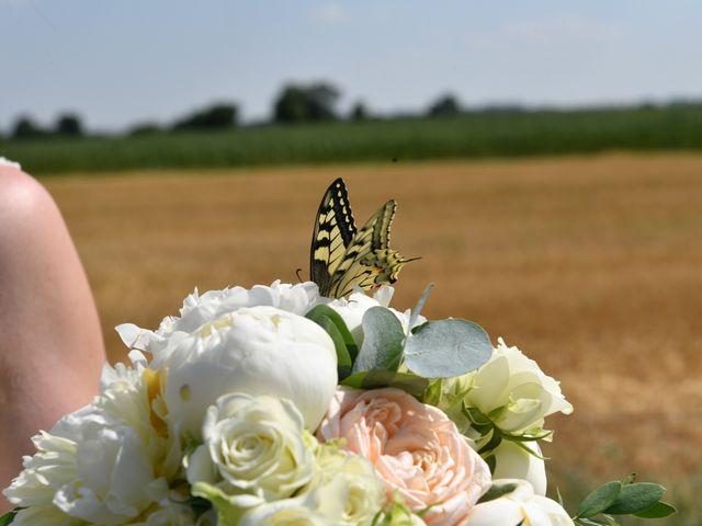 Le mariage de Victor et Ivana à Saint-Jean-de-Liversay, Charente Maritime 34