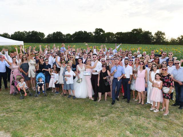 Le mariage de Victor et Ivana à Saint-Jean-de-Liversay, Charente Maritime 57