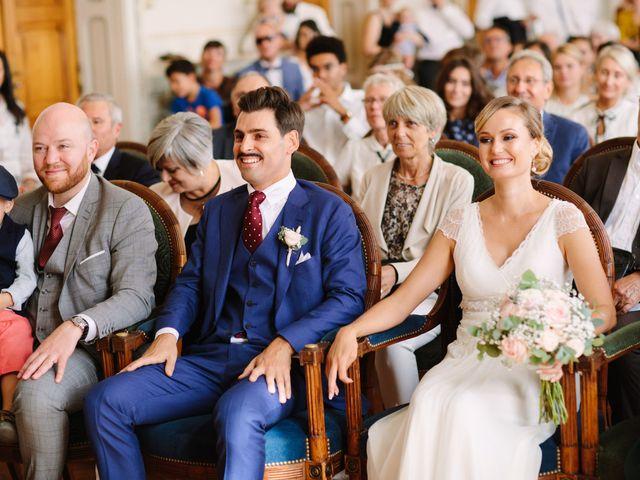 Le mariage de Damien et Amandine à Saint-Lager, Rhône 12