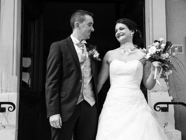 Le mariage de Arnaud et Marion à Rougemont-le-Château, Territoire de Belfort 15