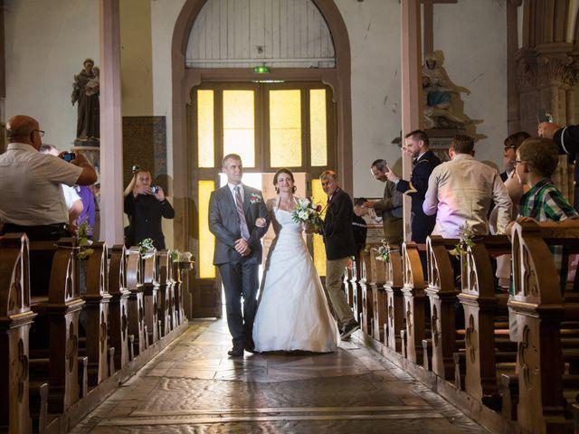 Le mariage de Arnaud et Marion à Rougemont-le-Château, Territoire de Belfort 16