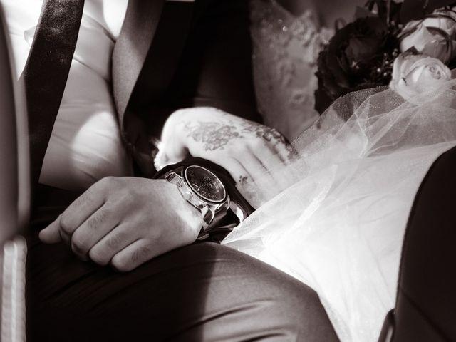Le mariage de Aziz et Amandine à Vernon, Eure 15
