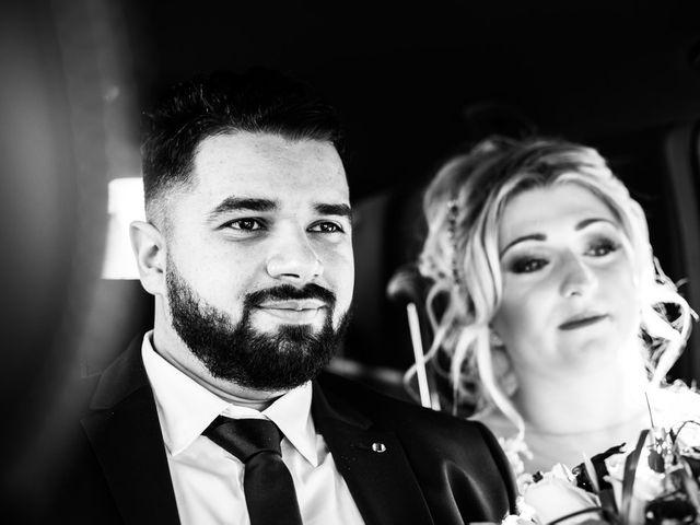 Le mariage de Aziz et Amandine à Vernon, Eure 16