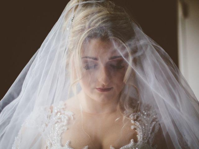 Le mariage de Aziz et Amandine à Vernon, Eure 36