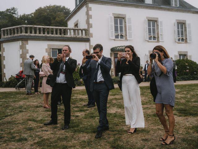 Le mariage de Guillaume et Hélène à Loctudy, Finistère 144