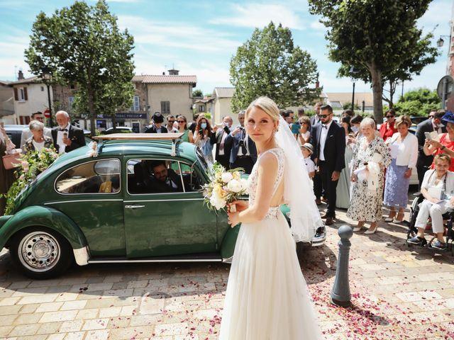 Le mariage de Pierre et Violaine à Vourles, Rhône 15