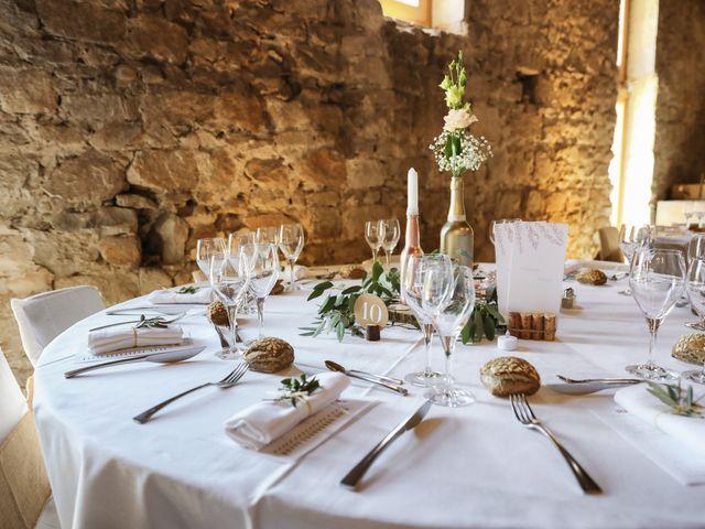 Le mariage de Pierre et Violaine à Vourles, Rhône 30