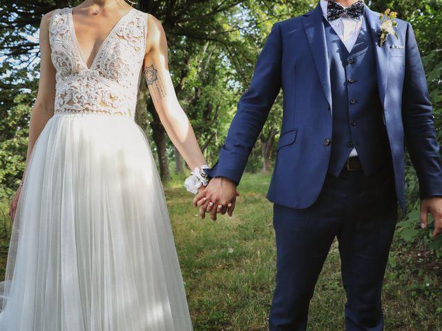 Le mariage de Pierre et Violaine à Vourles, Rhône 56