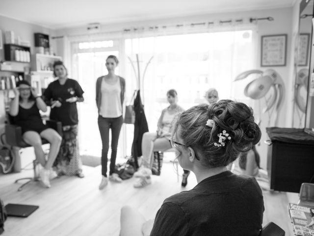 Le mariage de Romain et Elsa à Allenc, Lozère 4