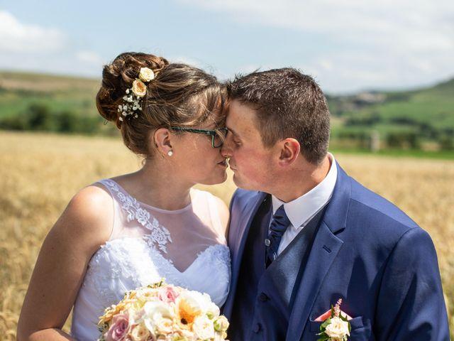 Le mariage de Romain et Elsa à Allenc, Lozère 10