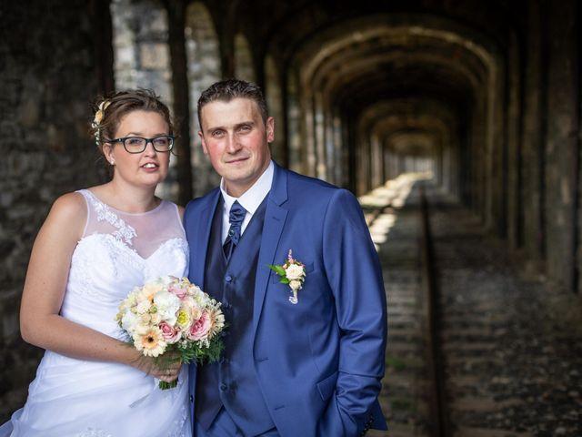 Le mariage de Romain et Elsa à Allenc, Lozère 2