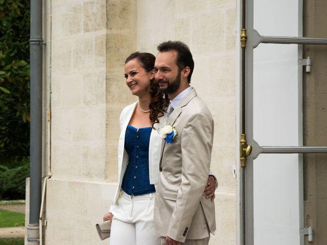 Le mariage de Alexandre et Claire à Bordeaux, Gironde 4